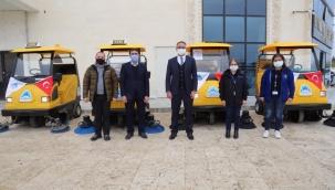 Eyyübiye belediyesi, temizlik filosuna 5 yeni araç kattı