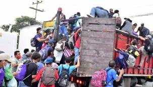 ABD sınırında tehlike: Binlerce göçmen gelmeye başladı