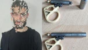 Gaziantep'te durdurulan şahsın üzerinden suikast silahı çıktı